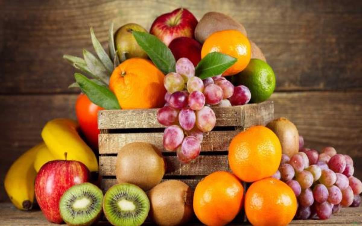 در روز چند وعده میوه بخوریم