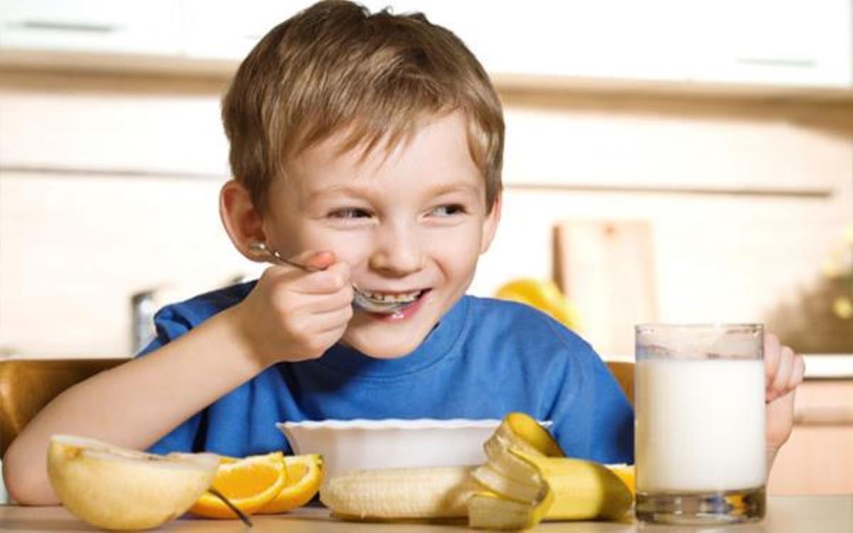 عادت غذایی کودکان
