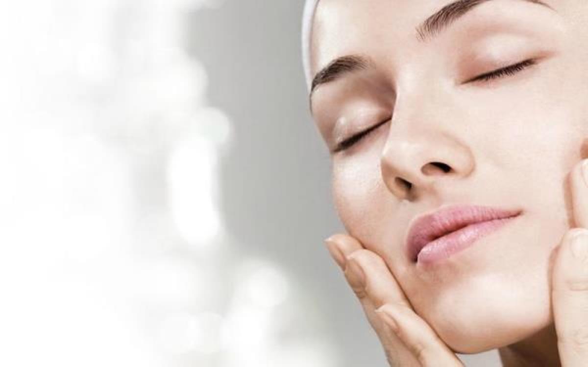 چگونه پوستی صاف و یکدست داشته باشیم