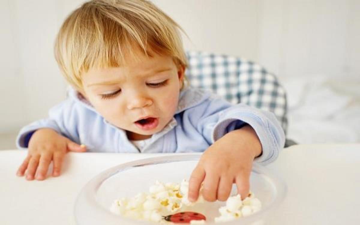 مواد غذایی مناسب برای افزایش وزن کودک