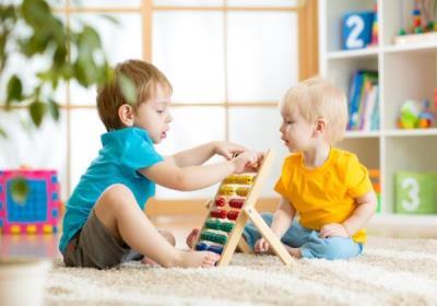 چه اسباب بازی را برای کودکان خود بخریم