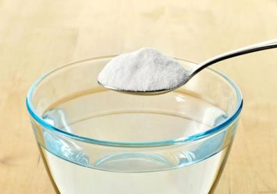 آیا غرغره آب نمک در کاهش علائم کرونا تاثیر دارد؟