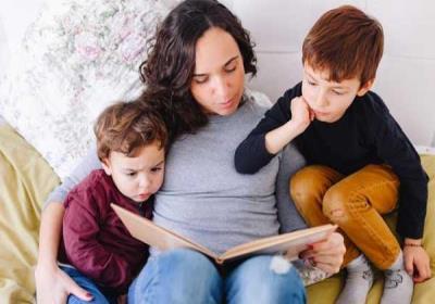 فواید شعر خواندن برای کودکان