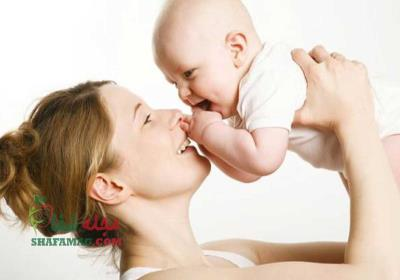 چگونه با نوزاد خود ارتباط برقرار کنیم